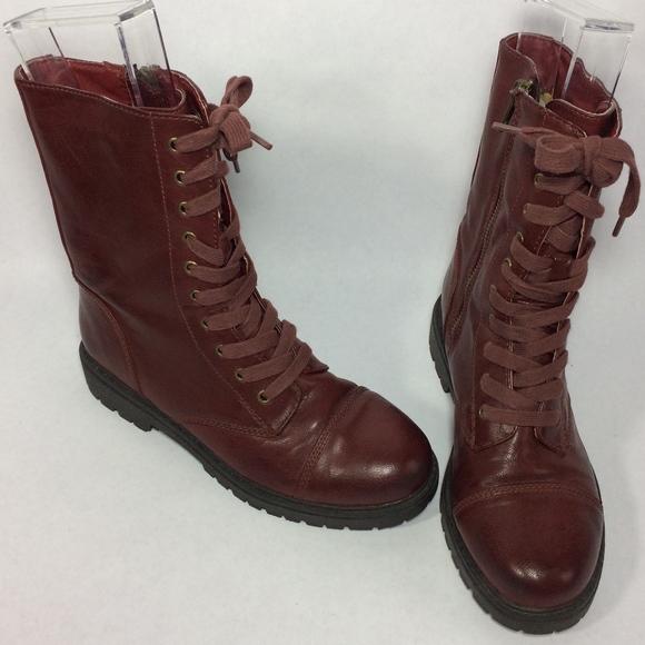 8dae23298f8 Steve Madden red combat boots. M 5ac559838df470b873b0b051